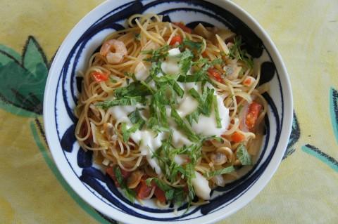 トマトと魚介類のスパゲッティ