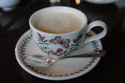 札幌中央区・宮越屋珈琲THE CAFEさんのカフェオレ