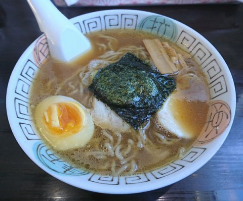 なると醤油(胡椒麺)/ラーメンキッチン なると