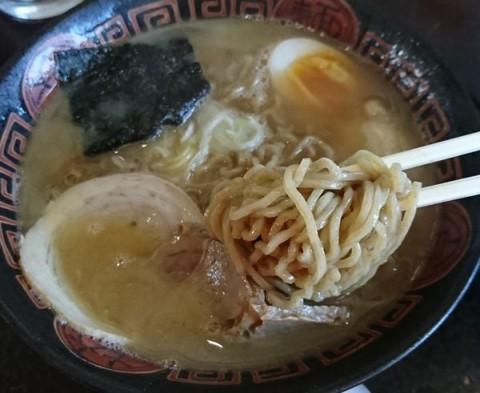きたろう醤油(胡椒麺)/らーめんキッチン Naru-to