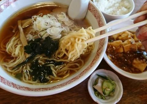 Bセット(ラーメン、麻婆豆腐、ライス、漬物)/日々名菜 中華 点心坊