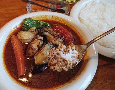 期間限定/今日が最後 牡蠣と野菜のカリー/カレーリーフ