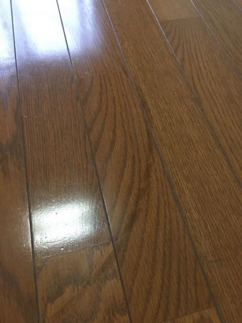 床のタイヤシミ消し(軽度)の話