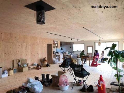 広い空間を薪ストーブ1台で暖房