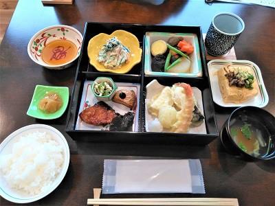 三笠高校生レストラン「まごころきっちん」―安心して食べられるお店