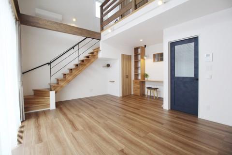【新築施工例】家族の気配を感じられる家