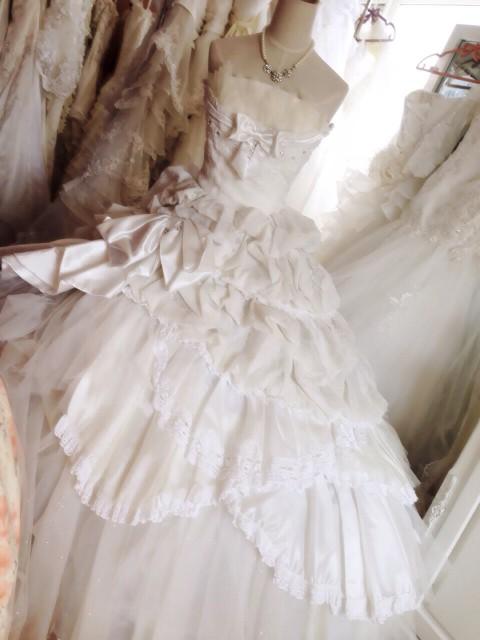神田うのちゃん、シェーナドゥーノのウェディングドレス