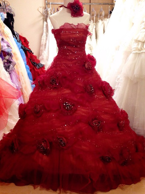 バーガンディのカラードレス