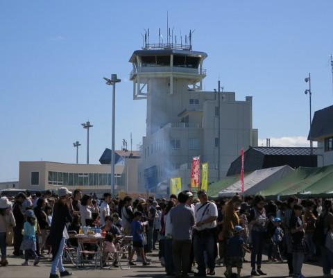 帯広空港祭りへ