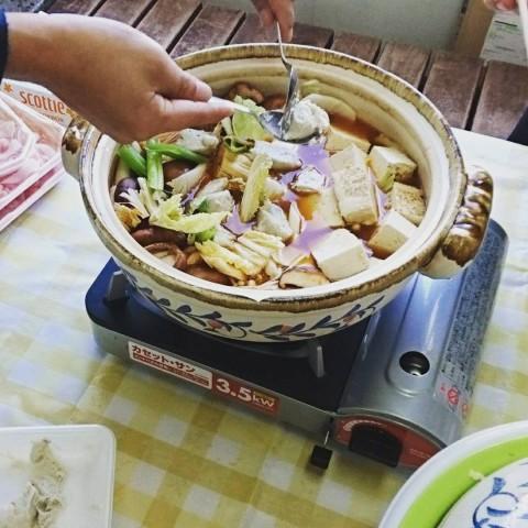 豚キムチ鍋 を~みんなで 手分け作業~(笑)