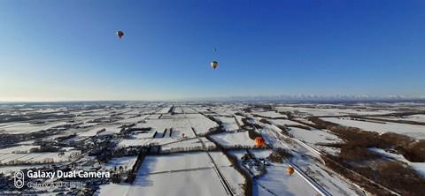 極寒気温の中、熱気球に乗って、十勝晴れの大空を舞ってきたよ!!