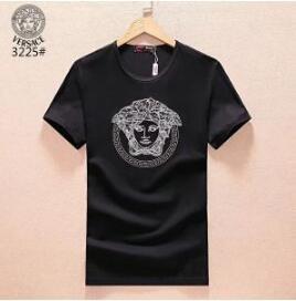 上品なヴェルサーチ Tシャツ コピーはオンライン販売中!