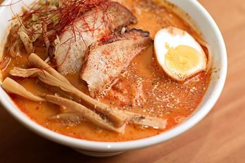 新メニュー 赤担々麺